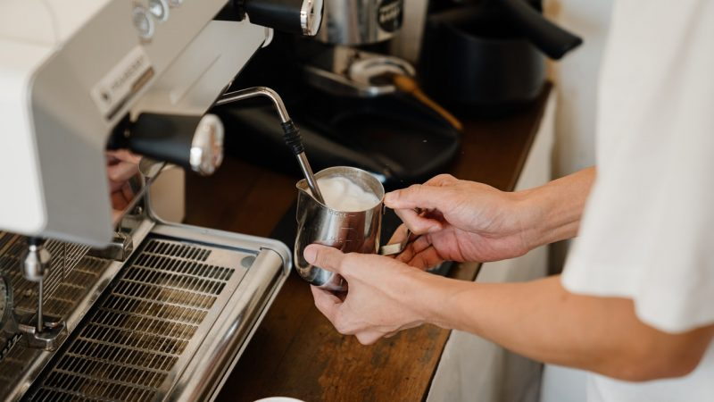 Ekspres do kawy — na co zwrócić uwagę przy zakupie?